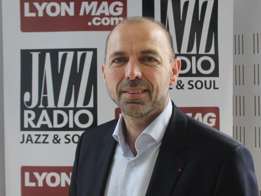 """Jean-François Debat: """"A la Région, Laurent Wauquiez fait du Sarko, en pire"""""""