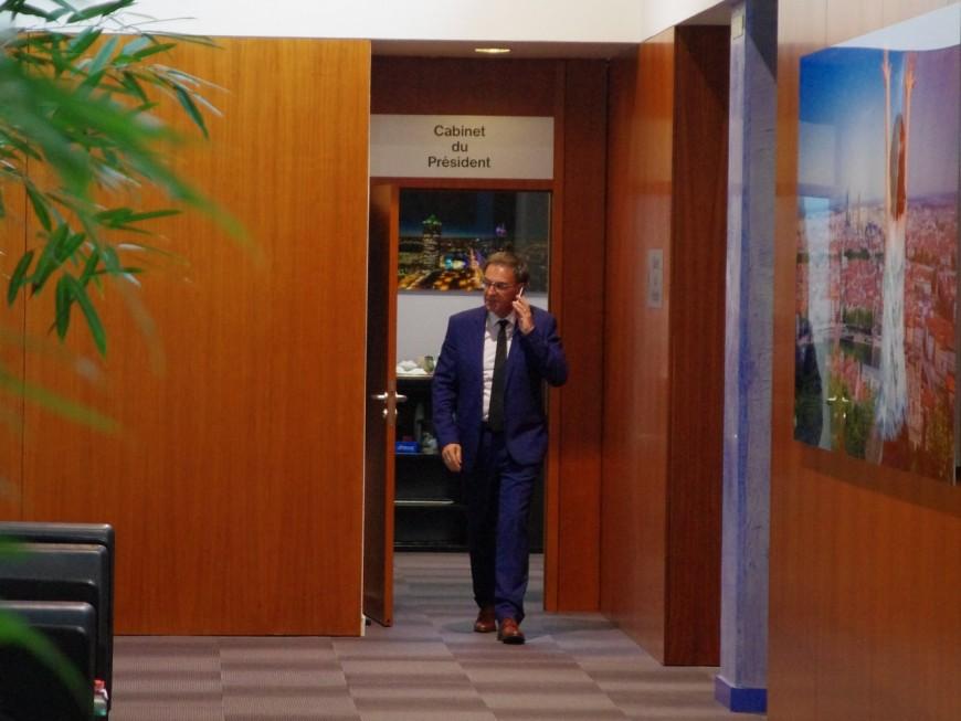 David Kimelfeld n'exclut pas la possibilité de quitter la mairie du 4e arrondissement