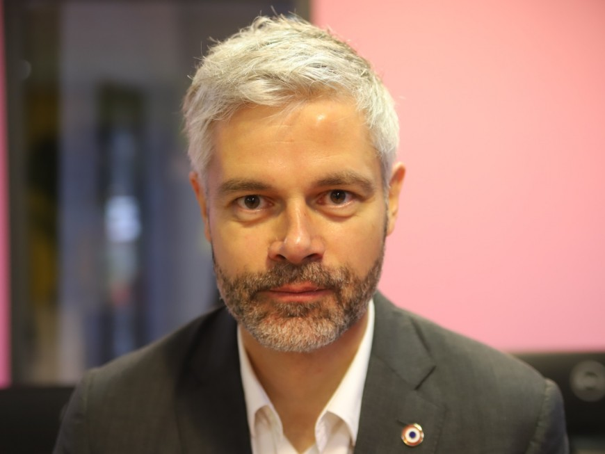 """Laurent Wauquiez : """"La Région n'a pas la possibilité d'acheter des vaccins, c'est une erreur"""""""