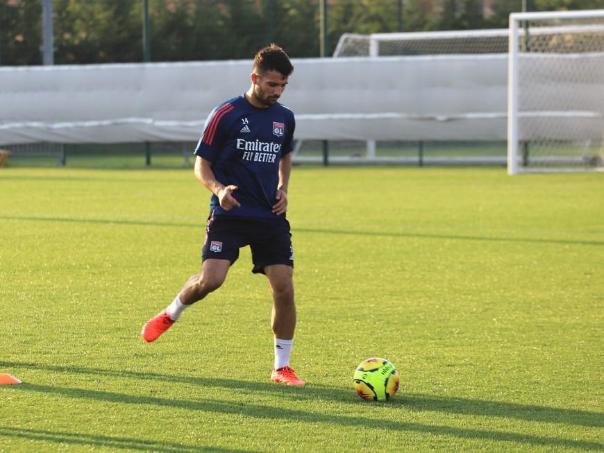 OL : Leo Dubois appelé en équipe de France, Houssem Aouar en Espoirs