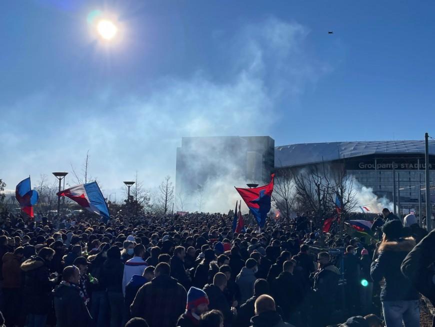 3000 fans de l'OL rassemblés avant le derby :  un groupe de supporters incite au dépistage