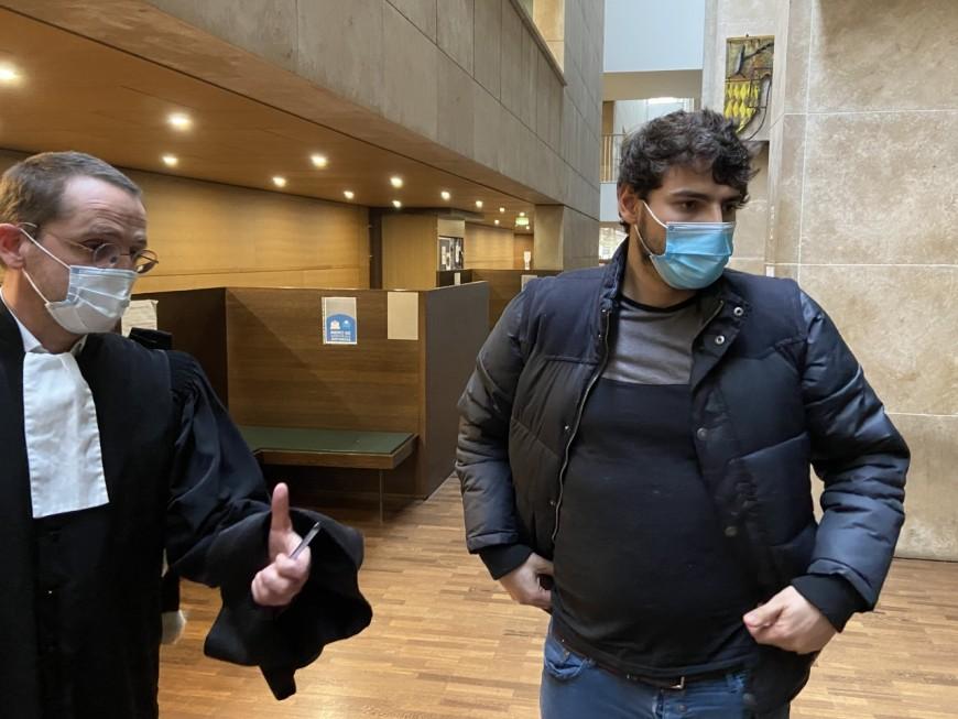 Jeune passé à tabac en marge d'une manifestation à Lyon : le procès des deux policiers renvoyé