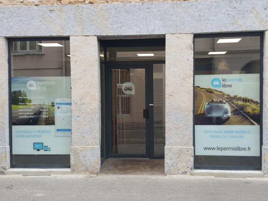 Lyon : la fermeture administrative de l'auto-école LePermisLibre annulée par la justice