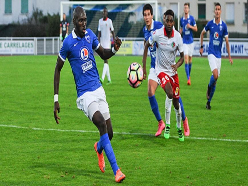 L'AS Duchère s'impose 2-0 face à l'ES Manival