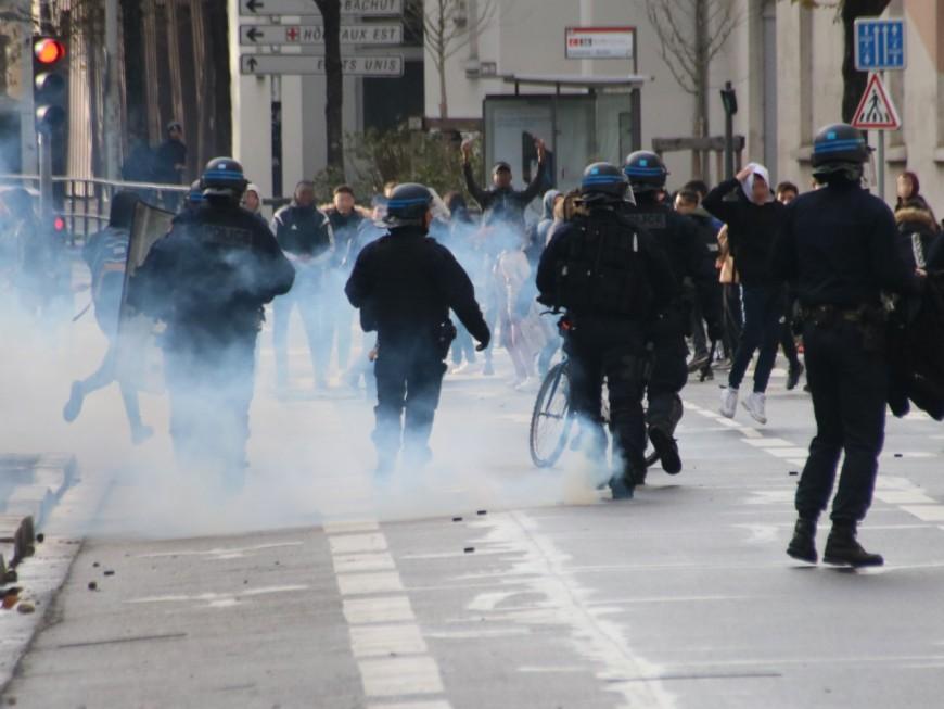 Manifestations et blocages : trois lycéens condamnés à 3 mois de prison avec sursis