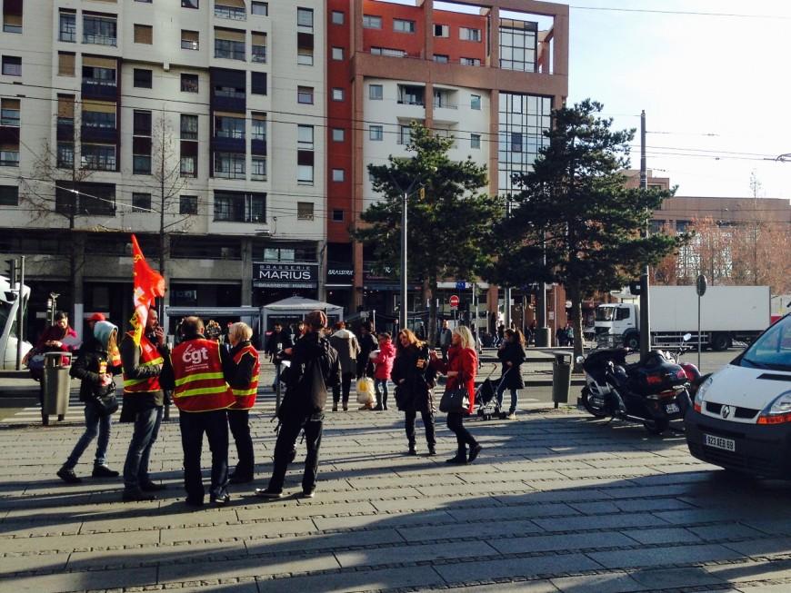 Lyon : une douzaine de salariés de la Part-Dieu ont manifesté