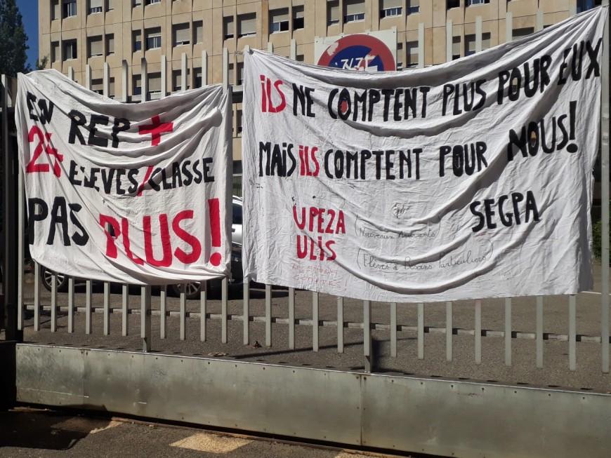 Vaulx-en-Velin : Deuxième jour de grève au collège Barbusse pour dénoncer les sureffectifs