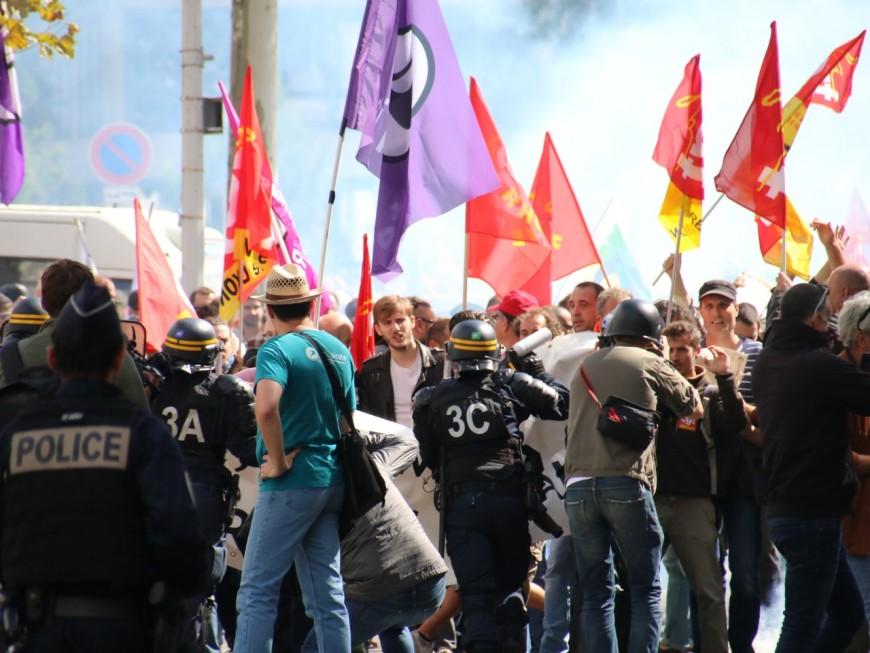 Incidents en marge de la manifestation contre la réforme du code du travail à Lyon : la CGT accuse les forces de l'ordre d'avoir fait monter la pression