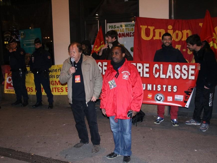 Lyon : la CGT se mobilise pour défendre un employé de McDonald's menacé de licenciement