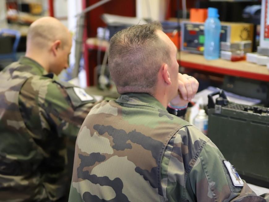 Coronavirus: le régiment médical du camp militaire de la Valbonne mobilisé