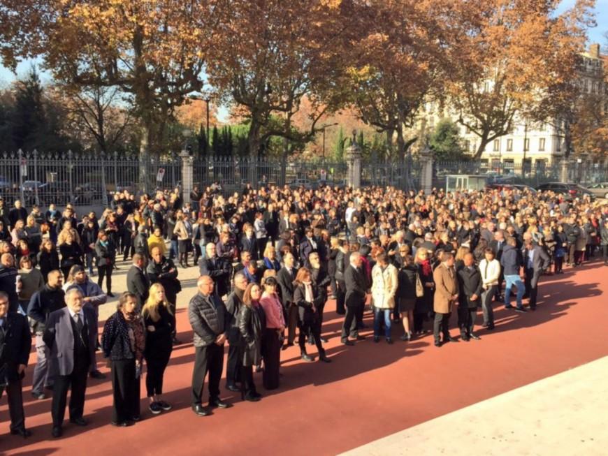 Attentats de Paris : des minutes de silence observées un peu partout dans l'agglomération lyonnaise