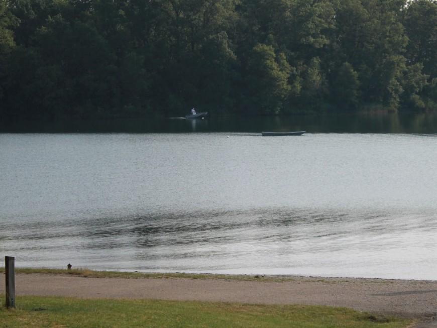 Miribel – Jonage : des maîtres-nageurs sauvent la vie d'un enfant