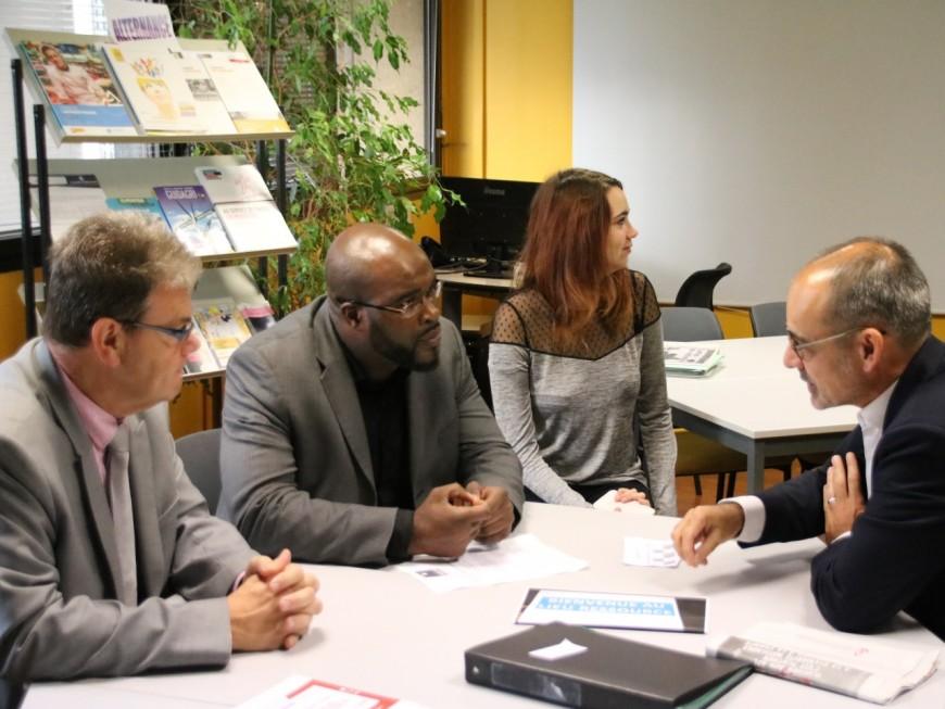 Le Délégué interministériel pour l'égalité des chances des Français d'Outre-mer en déplacement dans l'Est Lyonnais