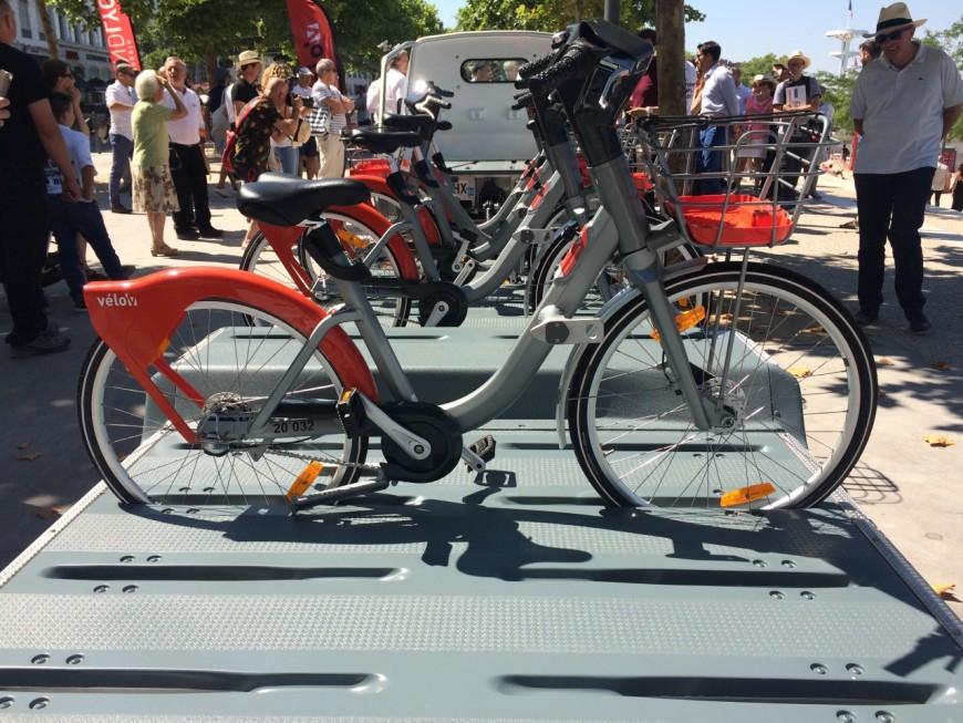 J-1 avant l'arrivée des nouveaux Vélo'v à Lyon !