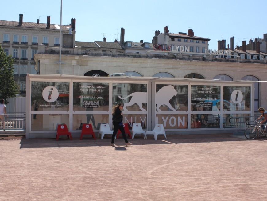 Réouverture du pavillon d'accueil de l'office du tourisme de Lyon