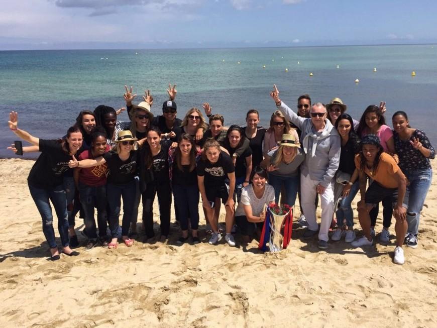 L'OL féminin à Saint-Tropez pour fêter le triplé