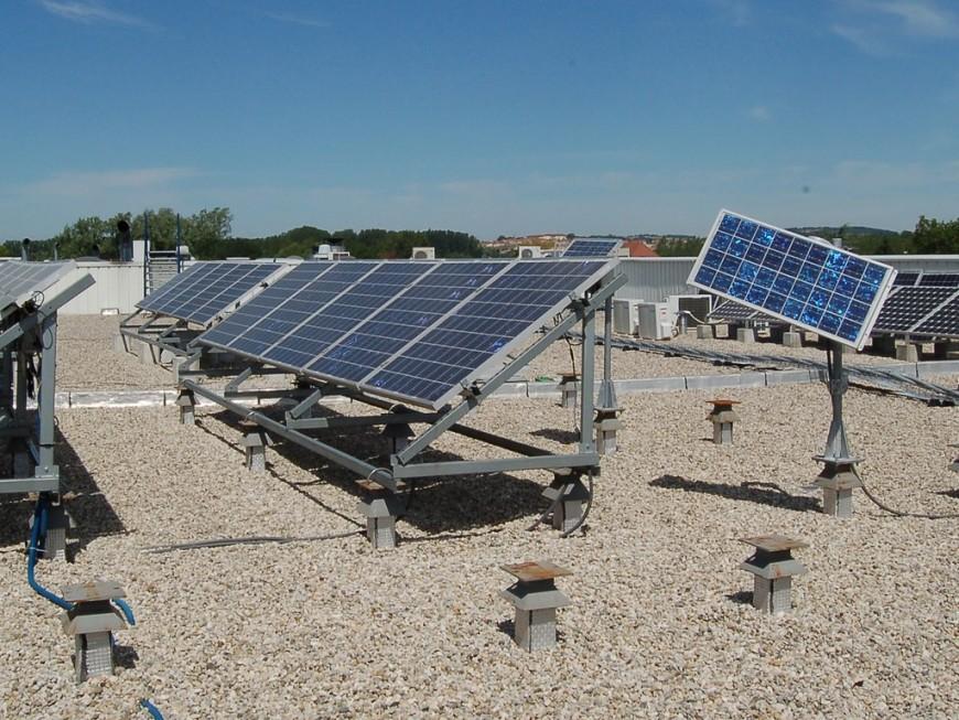 Un parking photovoltaïque inauguré au sud de Lyon