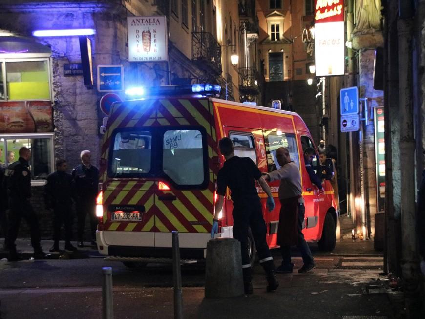Lyon : il fait un arrêt cardiaque respiratoire le soir du réveillon en centre-ville