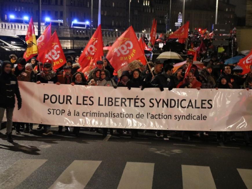Lyon : près de 1000 personnes pour soutenir les ex-Goodyear