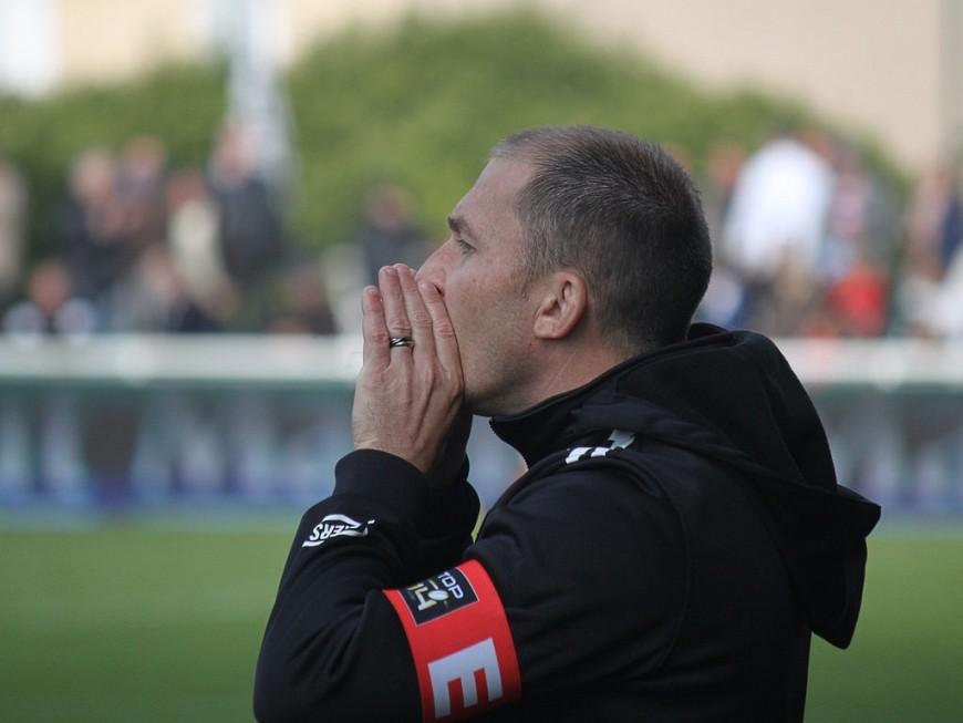 L'entraineur du LOU, Pierre Mignoni, suspendu jusqu'au 10 décembre