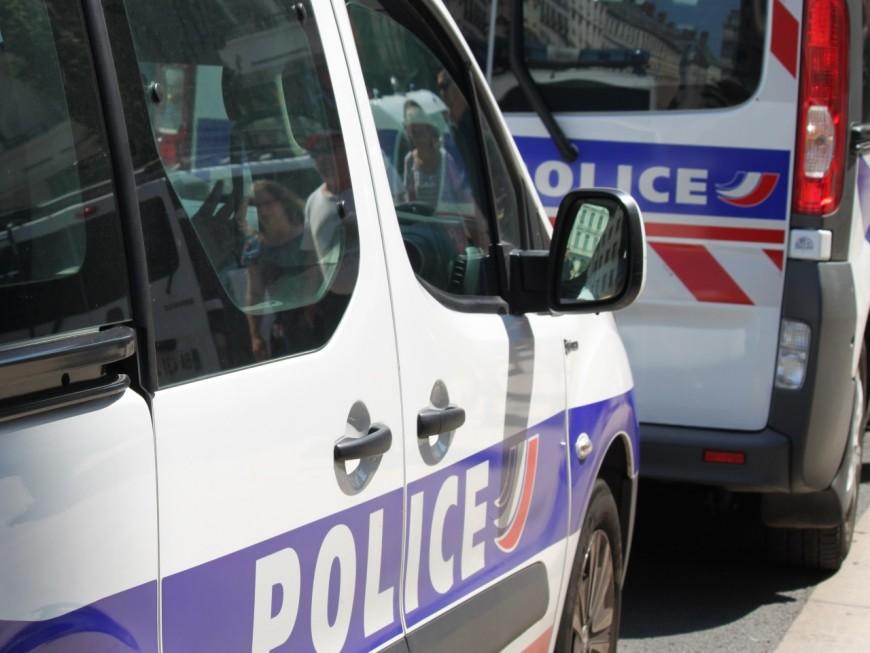 Braquage à main armée dans une station d'autoroute à Manissieux