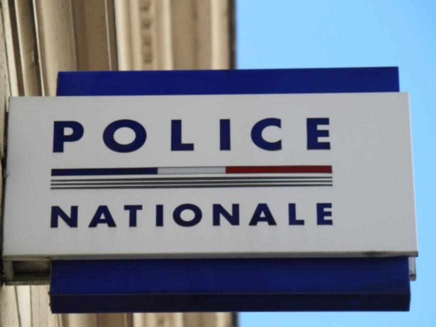 Lyon : il pique la caisse d'un sex-shop