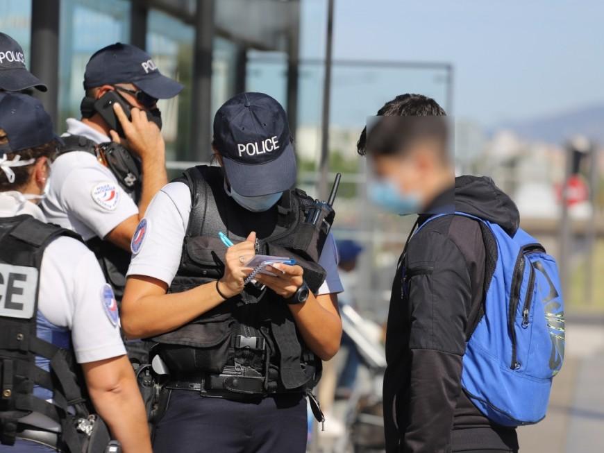 Port du masque : la police s'attaque aux réfractaires des transports en commun à Vénissieux