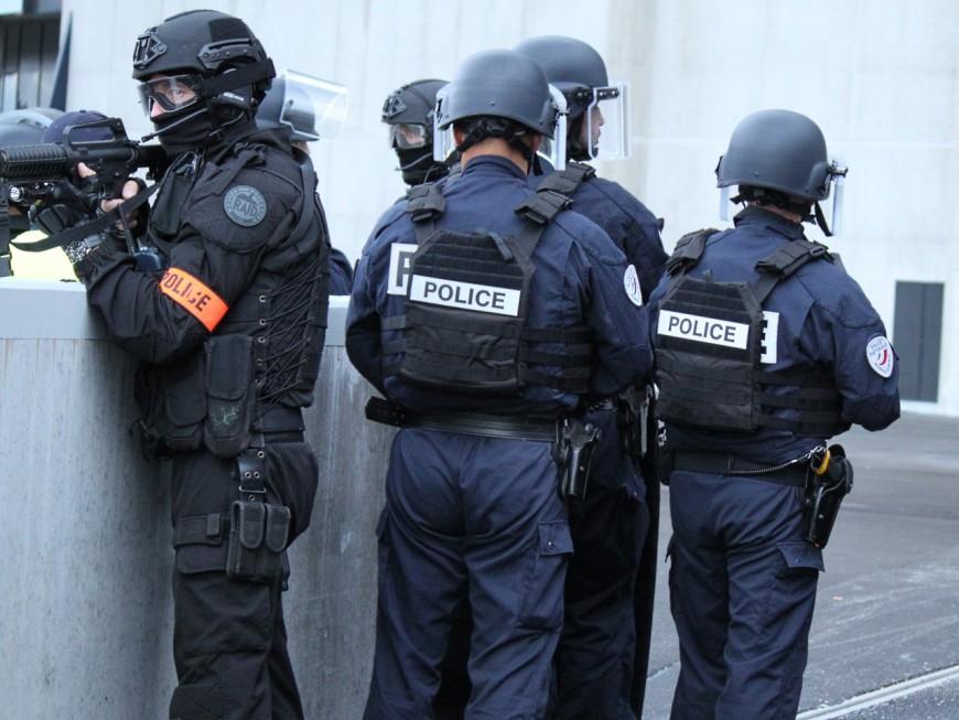 Le 13 novembre, l'état d'urgence et les perquisitions dans le Rhône