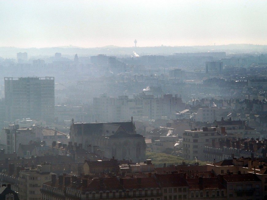 La pollution de l'air touche 43% de la population lyonnaise
