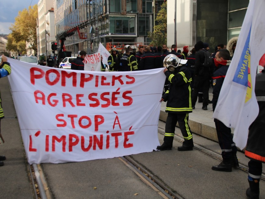 Les pompiers du Rhône à Paris pour manifester