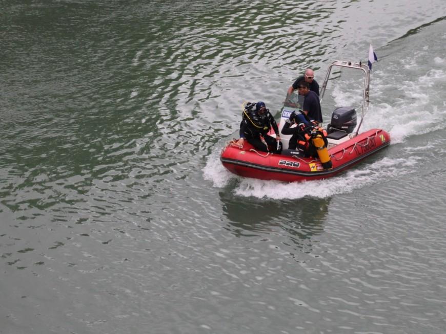 Pompiers mobilisés sur la Saône: le dispositif de recherches levé, aucun corps retrouvé