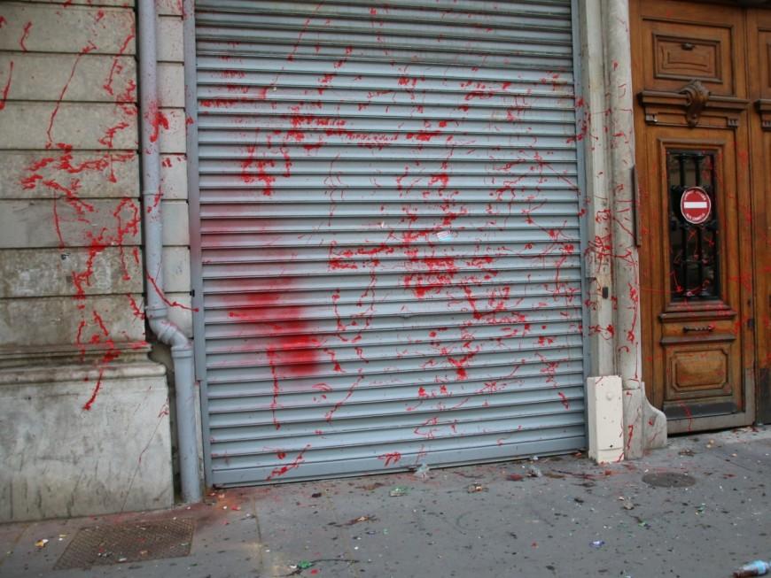 Lyon: maculée de peinture ce samedi, la fédération PS du Rhône n'a pas porté plainte