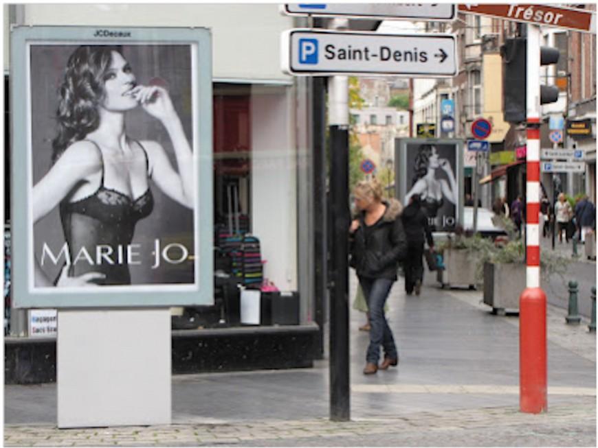 Lyon : les pubs sur la lingerie féminine visées par des tracts d'un collectif