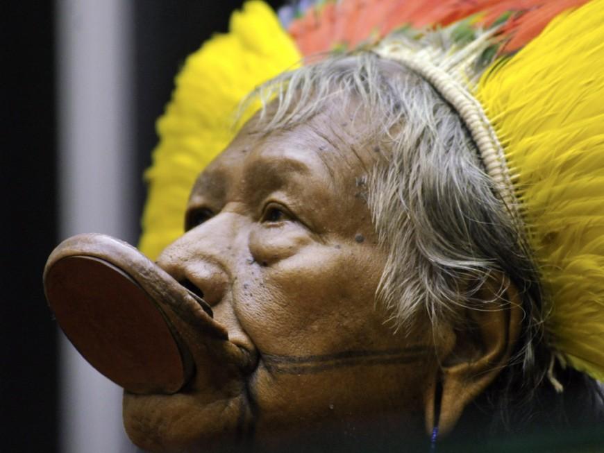 Le chef indigène Raoni à Lyon ce lundi pour recevoir une distinction