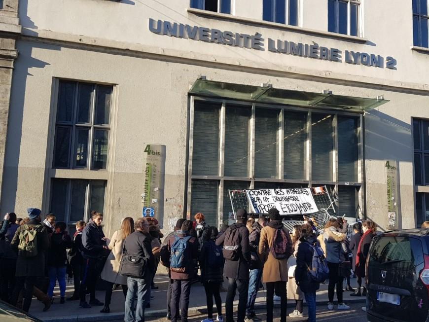 Université Lyon 2 : les cours annulés sur le campus bloqué des quais