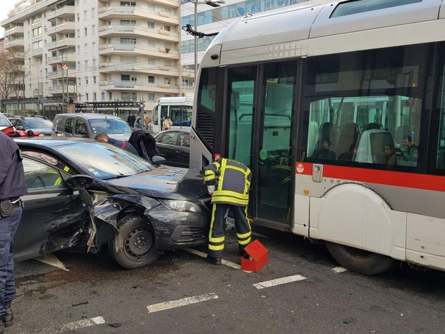 Lyon : violent accident dans le 6e arrondissement de Lyon