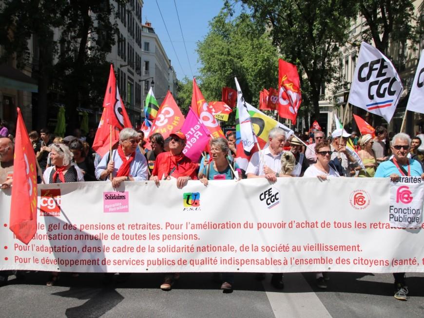 Près de 400 retraités manifestent pour leur pouvoir d'achat à Lyon
