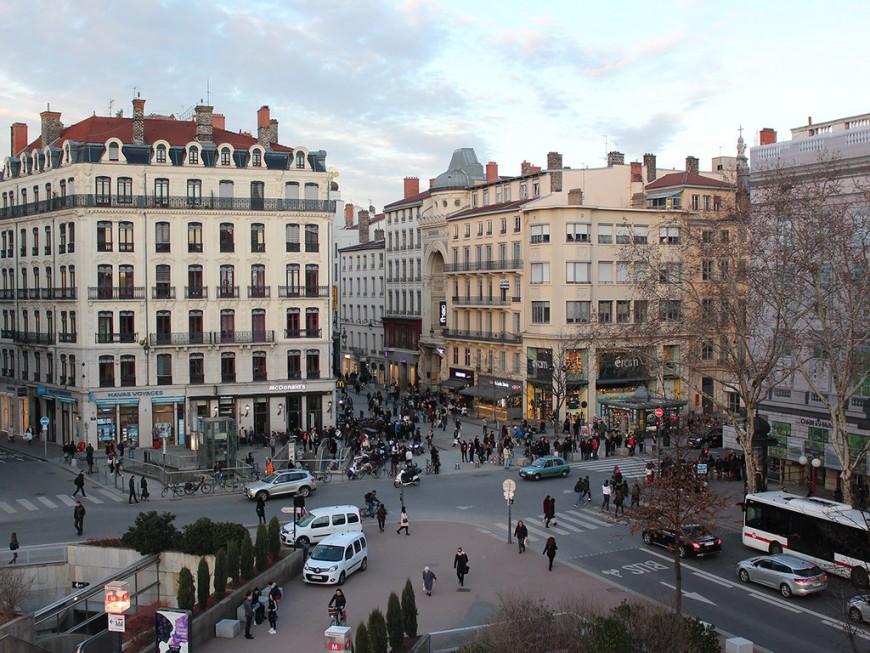La CCI de Lyon demande l'interdiction des manifestations en centre-ville pour le dernier samedi avant Noël
