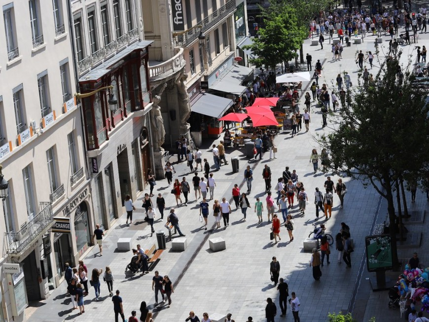 Une réouverture des commerces dès samedi prochain à Lyon ?