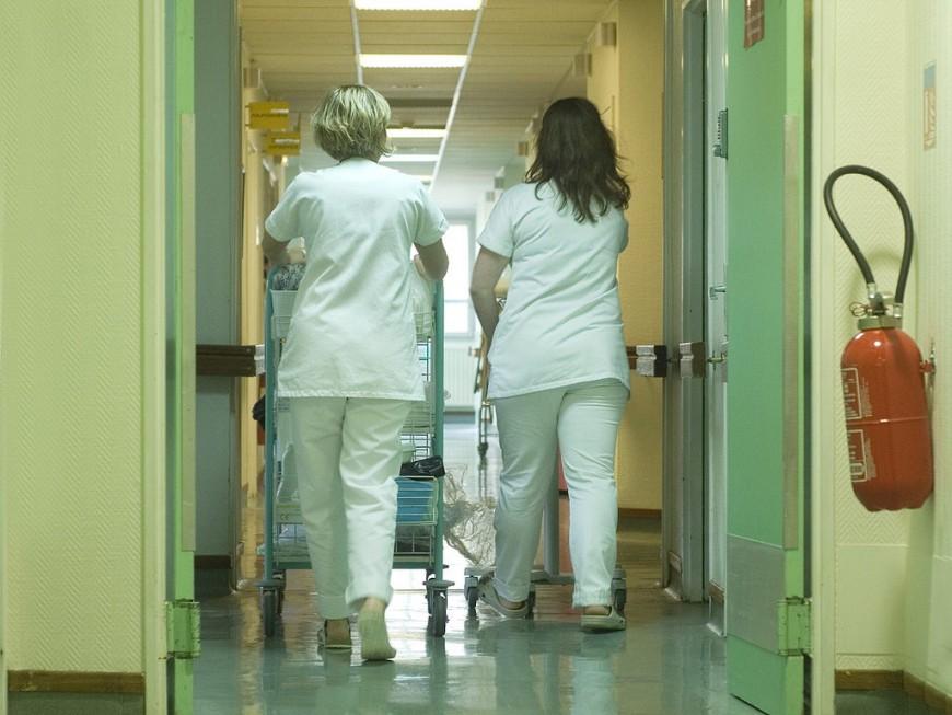 Les professionnels de santé dans la rue ce jeudi à Lyon