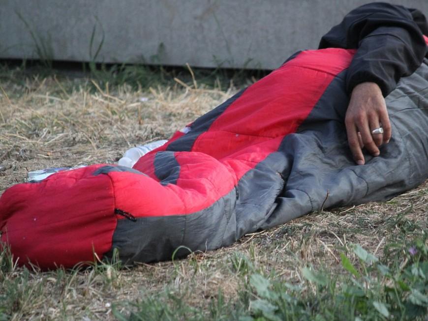 Confinement : aucun sans-abris verbalisé à Lyon, selon la Préfecture