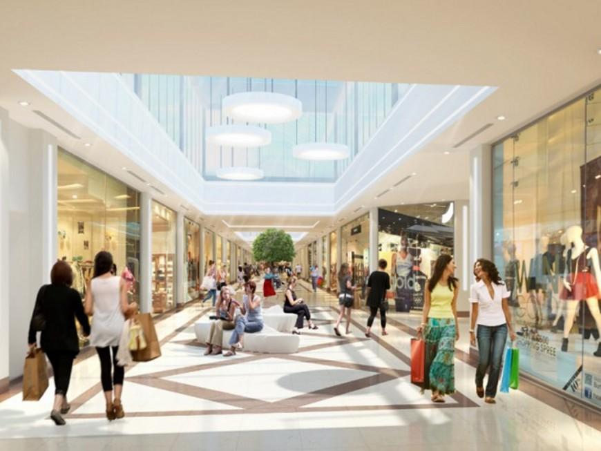 Après ses travaux, le centre commercial de Saint-Genis 2 fait le plein