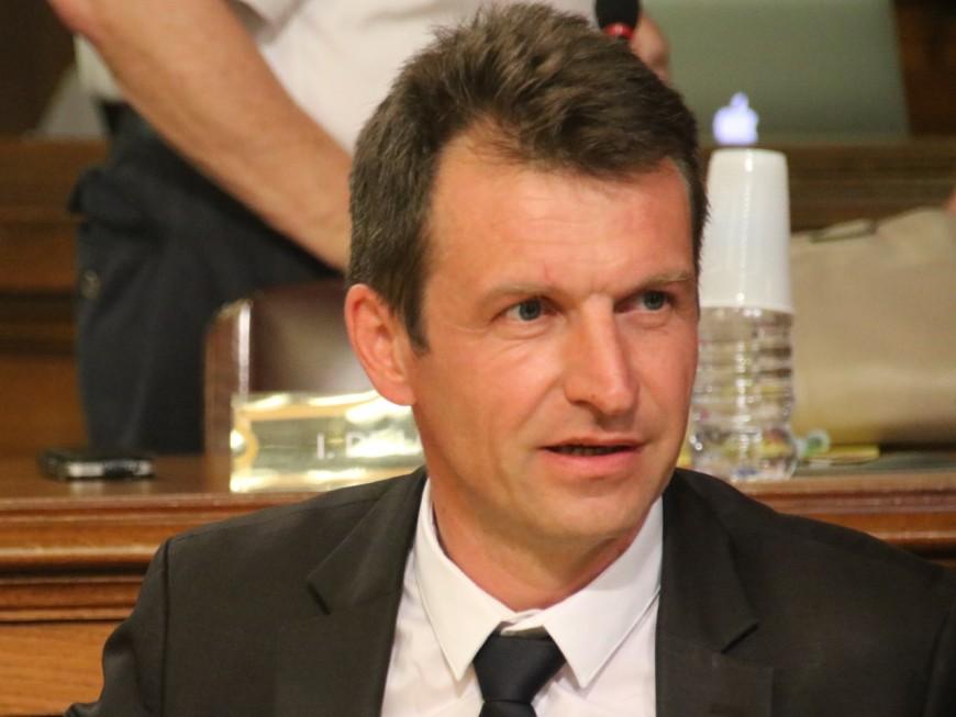 """Georges Képénékian maire de Lyon : Stéphane Guilland (LR) ne """"demande qu'à être surpris"""""""