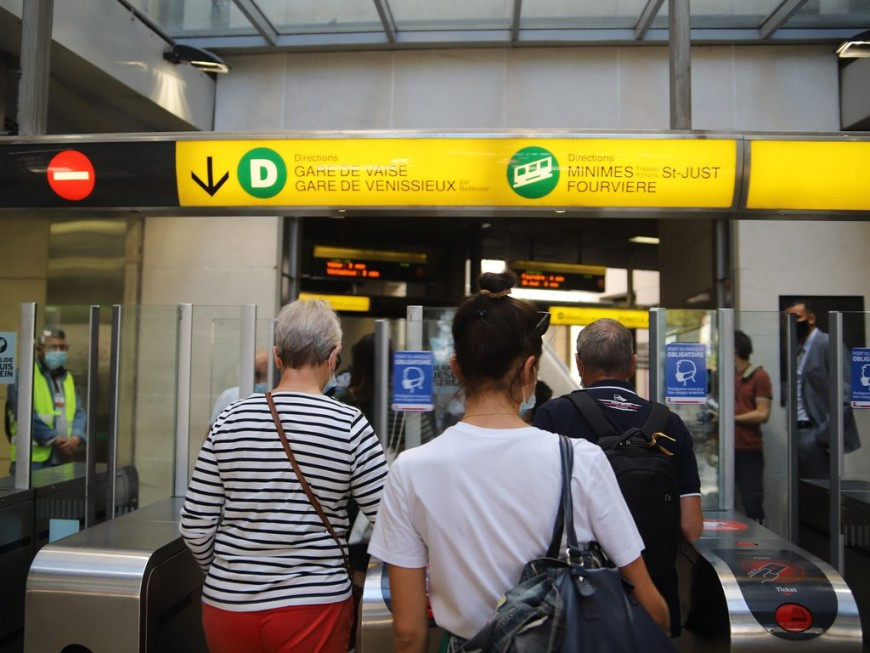 Avec la réouverture des commerces à Lyon, la fréquence des TCL revue à la hausse
