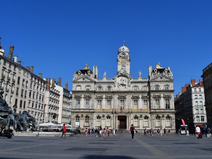 Lyon : un rassemblement féministe prévu aux Terreaux contre Gérald Darmanin