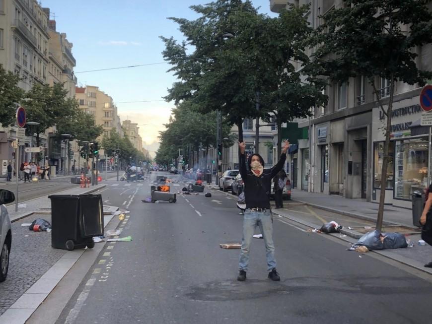 Lyon : 1100 manifestants contre les violences policières, quelques tensions