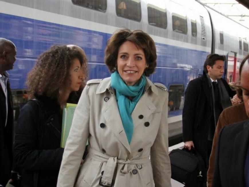 La Ministre de la Santé en déplacement à Lyon pour visiter le chantier de l'hôpital Edouard Herriot