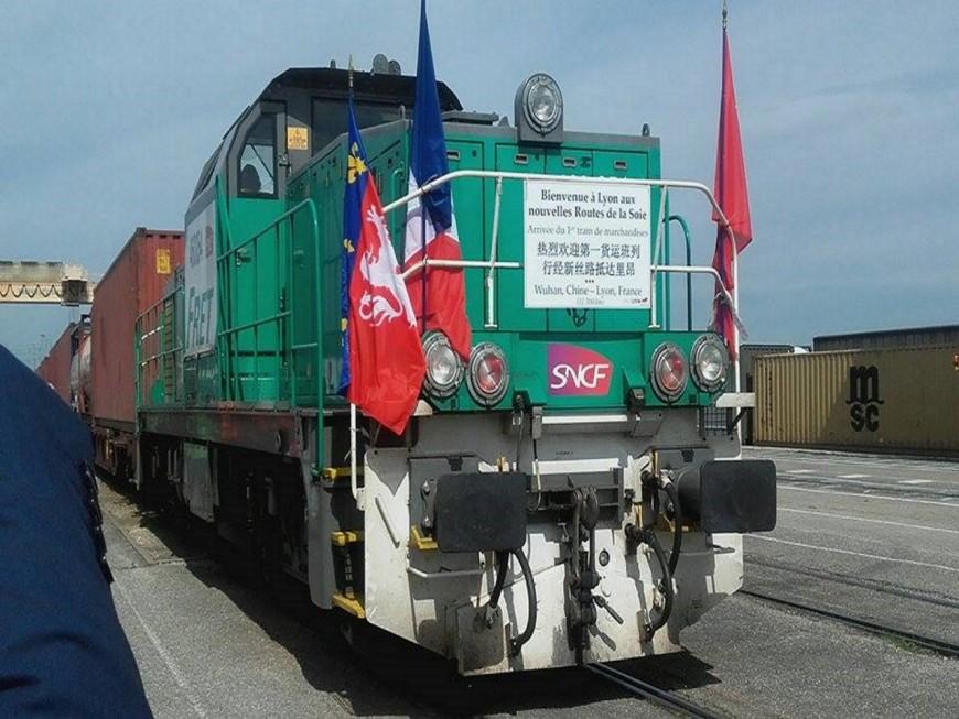 Le premier train de marchandises de l'histoire à relier la Chine à Lyon