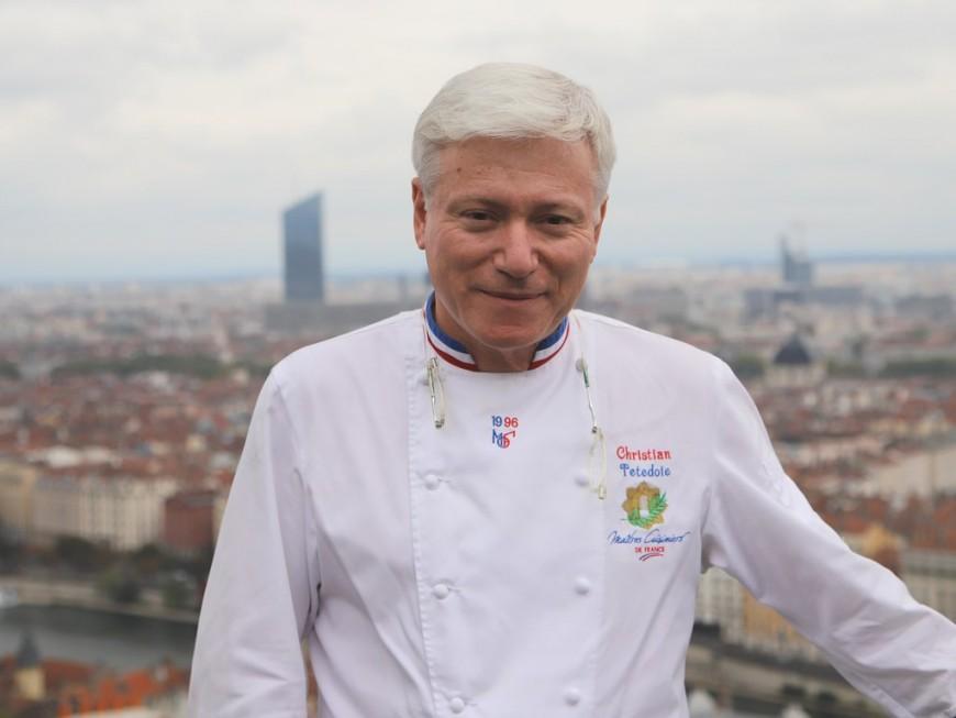 """Lyon : Christian Têtedoie désigné """"cuisinier solidaire de l'année"""" par le Gault & Millau 2021"""