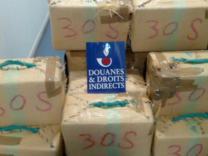 Saisie record de cannabis par les douanes de Lyon